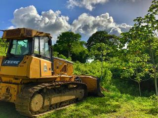 Barbados_Excavator_Trees_Sky_16_9