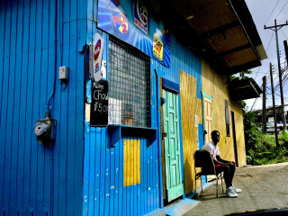 Barbados_Streetlife_Shop_16_9