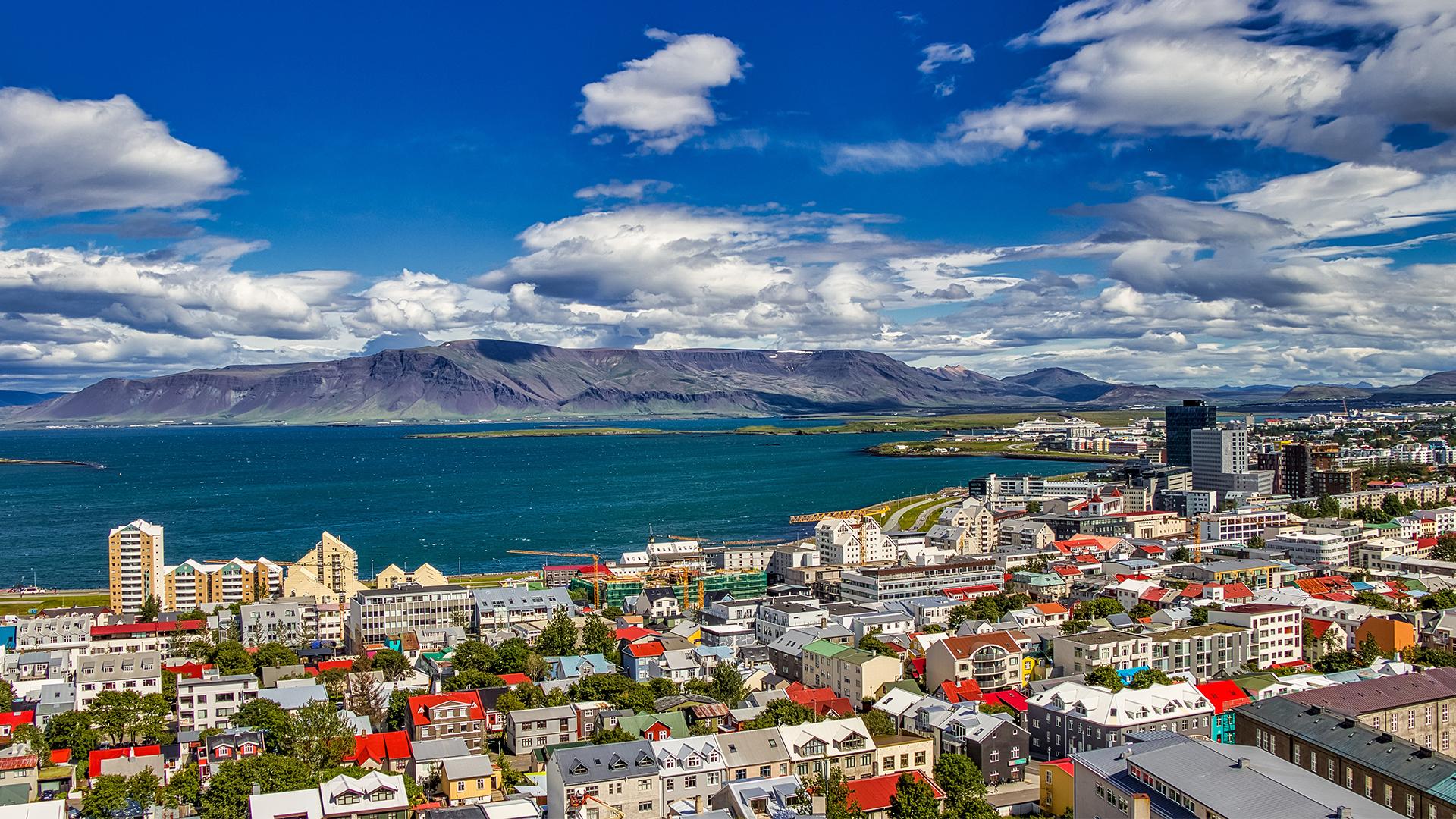 Reykjavik_Landscape_16_9