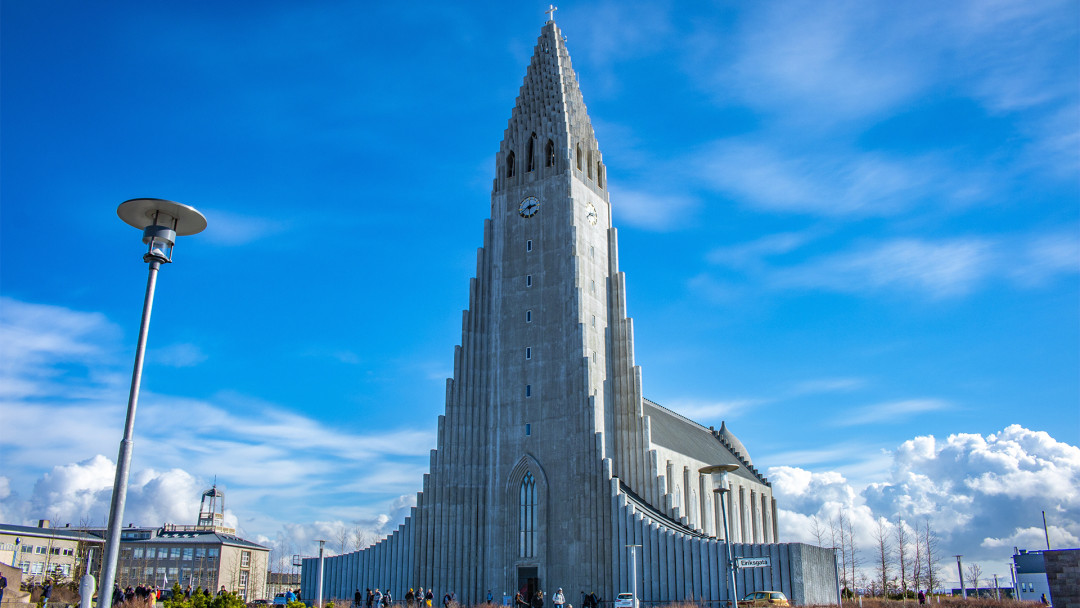 Hallgrimskirkja_Reykjavik_16_9