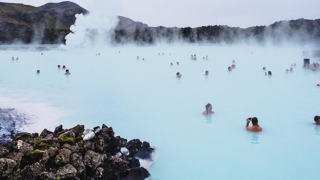 Blue_Lagoon_Bath_16_9
