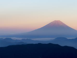 Fuji_Sonnenaufgang_16_9