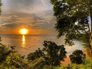 Tobago_Bay_Sunset_16_9
