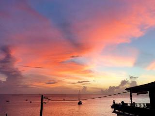 Tobago_WestCoast_Sunset_Ocean_16_9