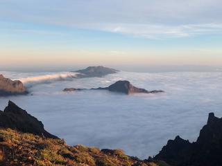 LaPalma_Mountain_Clouds_Sunset_2_16_9
